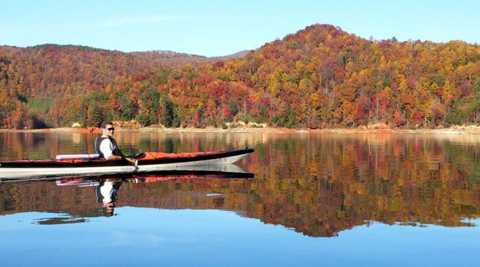 Kayakingmain.jpg